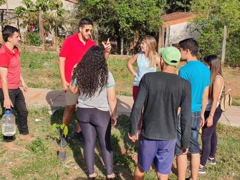 Jóvenes Colorados de Areguá realizaron gran plantatón para concienciar