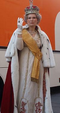Queen (2).jpg