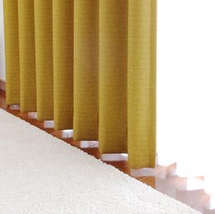 カーテン、絨毯