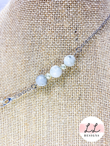 White & Grey Marble Bead with Pearls Mask Chain