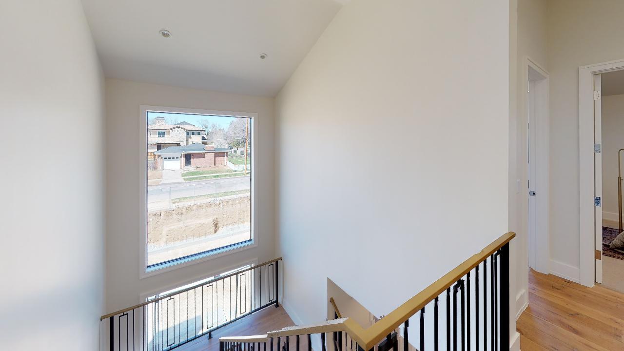2409-S-Fillmore-Staircase.jpg