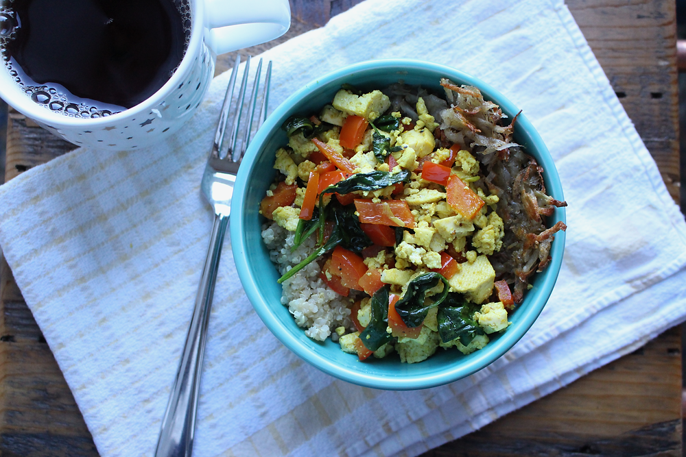 Vegan Breakfast Quinoa Bowl