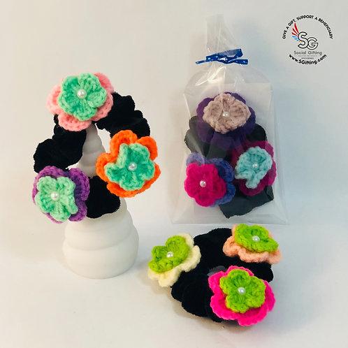 Small Crochet Flowers Scrunchy