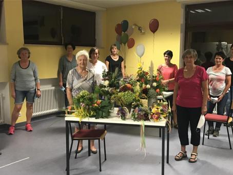 Blumenworkshop beim KDFB Siegenburg