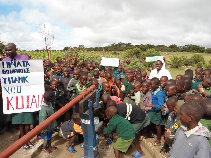 Hwata, Zimbabwe