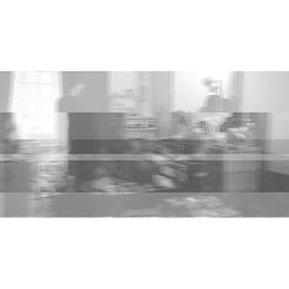 穴の空いた部屋_jacket-min.png