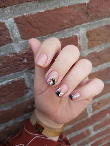 nailart%202020_edited.jpg