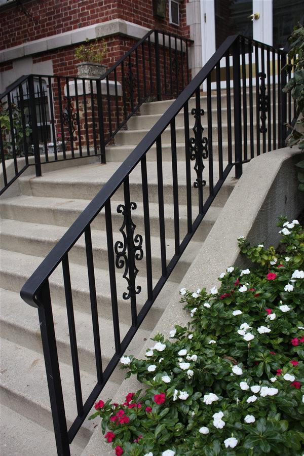 Exterior Step/Porch Railing