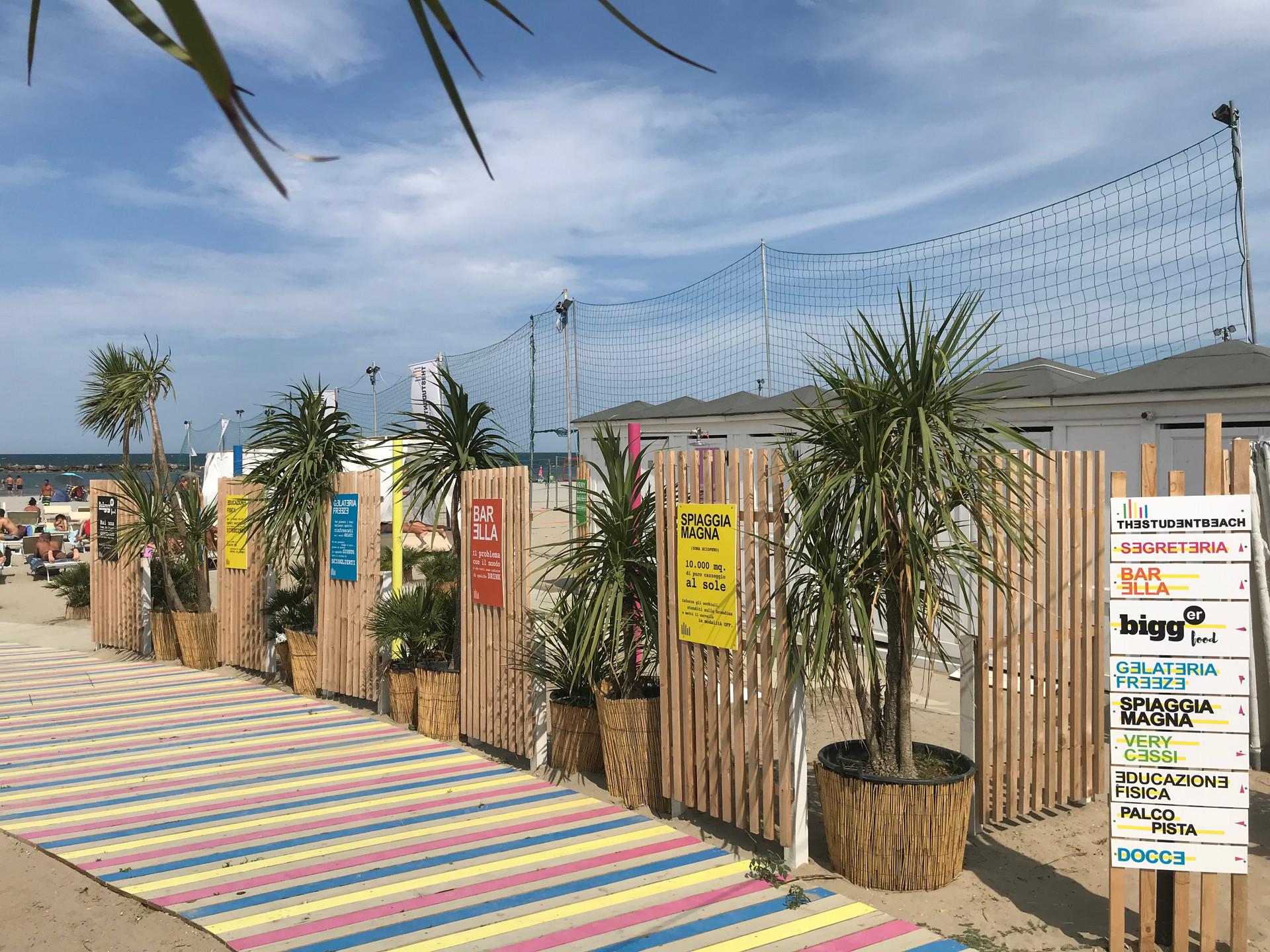 the student beach_bellaria