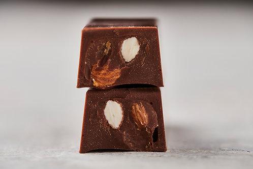 10 Barritas de chocolate 41% con leche y Almendras   Peso 30grs
