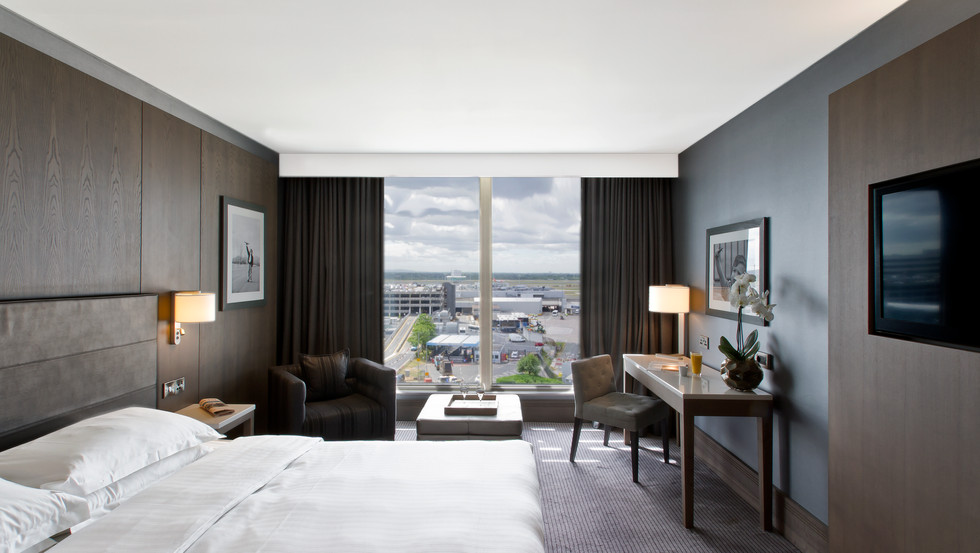 Radisson Blue Hotel Manchester Airport, Hospitality