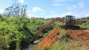 Prefeitura de Ubaitaba inicia obras de esgotamento sanitário no bairro Novo Olímpia.