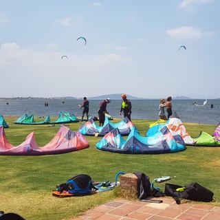KİTE SURF 2 KM MESAFEDE