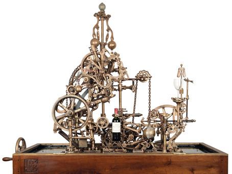 Удивительная механическая машина по розливу вина продана с аукциона Christie's