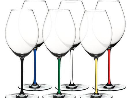"""Шок! Сколько бокалов надо иметь, чтобы """"понимать"""" вино?"""