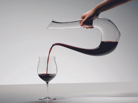 Два типа вина для декантации