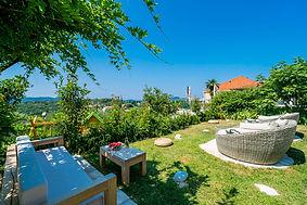 garden-lounge.jpg