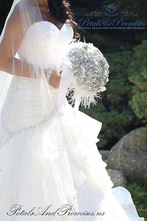 White Vintage-Style Brooch Bouquet with Feathers