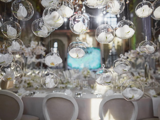 What is the Difference Between a Venue Coordinator and a Wedding Planner