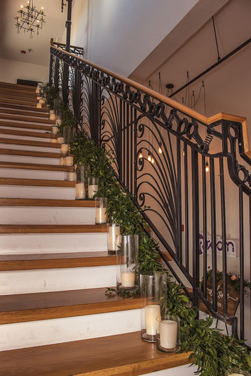 Hip-Room-Tampa-Wedding-Staircase.jpg