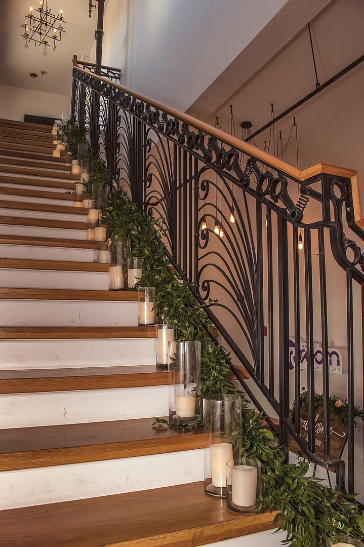 Hip-Room-Tampa-Wedding-Staircase.jpg