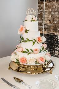 Boho-Chic-Wedding-Cake.jpg