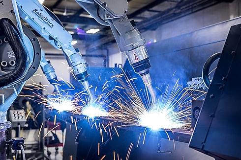 3_Motoman_EA1400_Welding_Robots_1.jpg