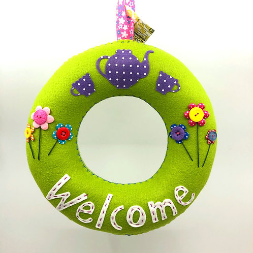 Lime Green 'Welcome' Wreath
