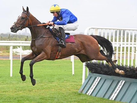 Bennystiara off the mark in good style