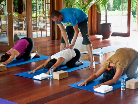 Stress-reduction tips for bankers – by elite Asian headhunter who teaches yoga (by Simon Mortlock)