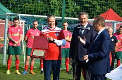 Podziekowanie dla burmistrza za wspieranie sportu i piłki nożnej