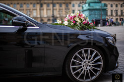 Mercedes classe E + fleurs Genesis Trans