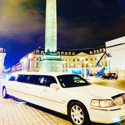 Limousine GENESIS TRANSPORT