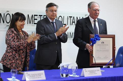 Claudia Mónica Salazar Villava, Fernando de León González y Ricardo Alberto Yocelevzky Retamal