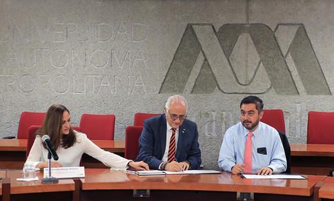 Mtra. Verónica Arroyo Pedroza, Dr. Eduardo Peñalosa Castro y Dr. Vidal Llerenas Morales