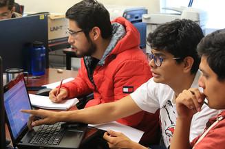 Alumnos de la Licenciatura en Matemáticas Aplicadas de la Unidad Cuajimalpa.   Foto: Archivo UAM-DCS / Alejandro Juárez Gallardo