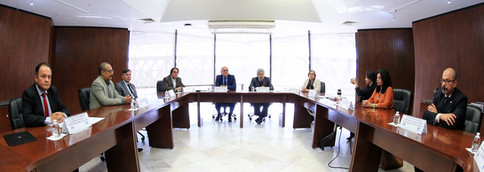 Firma del convenio general de colaboración entre el Centro de Investigación y Estudios Superiores en Antropología Social y la Universidad Autónoma Metropolitana.  Foto: Archivo UAM-DCD / Alejandro Juárez Gallardo.