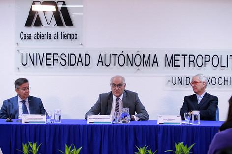 Dr. Fernando de León González, Dr. Eduardo Peñalosa Castro y el Periodista Javier Solórzano
