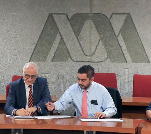 Dr. Eduardo Peñalosa Castro y Dr. Vidal Llerenas Morales