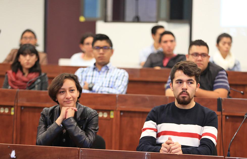 Alumnos de licenciatura y posgrado beneficiados con beca de idioma por la Universidad Autónoma Metropolitana.   Foto: Archivo UAM-DCS / Alejandro Juárez Gallardo