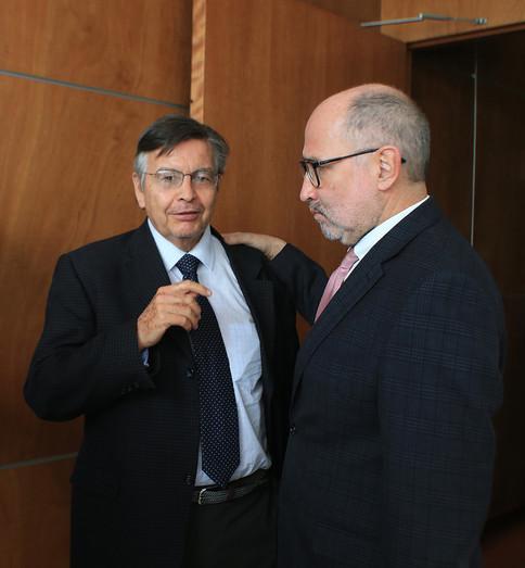 Dr. Fernando de León González y Dr. José Ramón Cossío Díaz