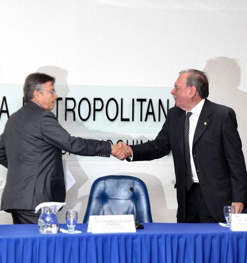 Fernando de León González y Ricardo Alberto Yocelevzky Retamal