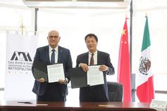 Dr. Eduardo Peñalosa Castro y Dr. Kongjian Yu
