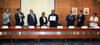 Mario Barbosa, Octavio Mercado, Gustavo Montaño, María Esperanza Guzmán, Mauricio Sales, Javier Valencia, Adolfo Zamora y Elsa Báez