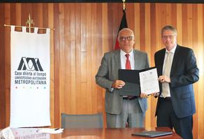 Dr. Eduardo Peñalosa Castro y Dr. Burghart Schmidt