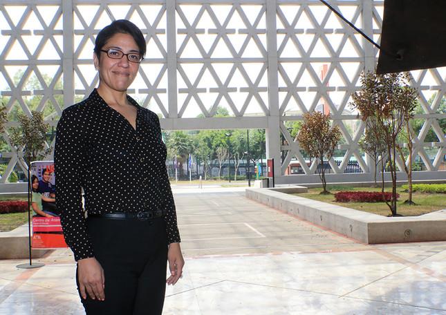 Sandra Janet Palomares García, egresada de la Licenciatura en Ingeniería en Recursos Hídricos.
