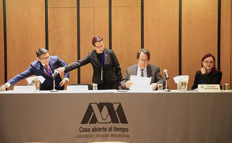 Dra. Martha Ortega Soto, Dr. Miguel García Murcia, Dr. Rodrigo Díaz Cruz y Dra. Lucero Morelos Rodríguez