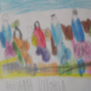 desenho infantil colorido representando familia.
