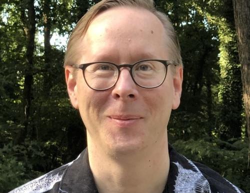 Professor Eric Weeks wins 2020 Slack Award of SESAPS