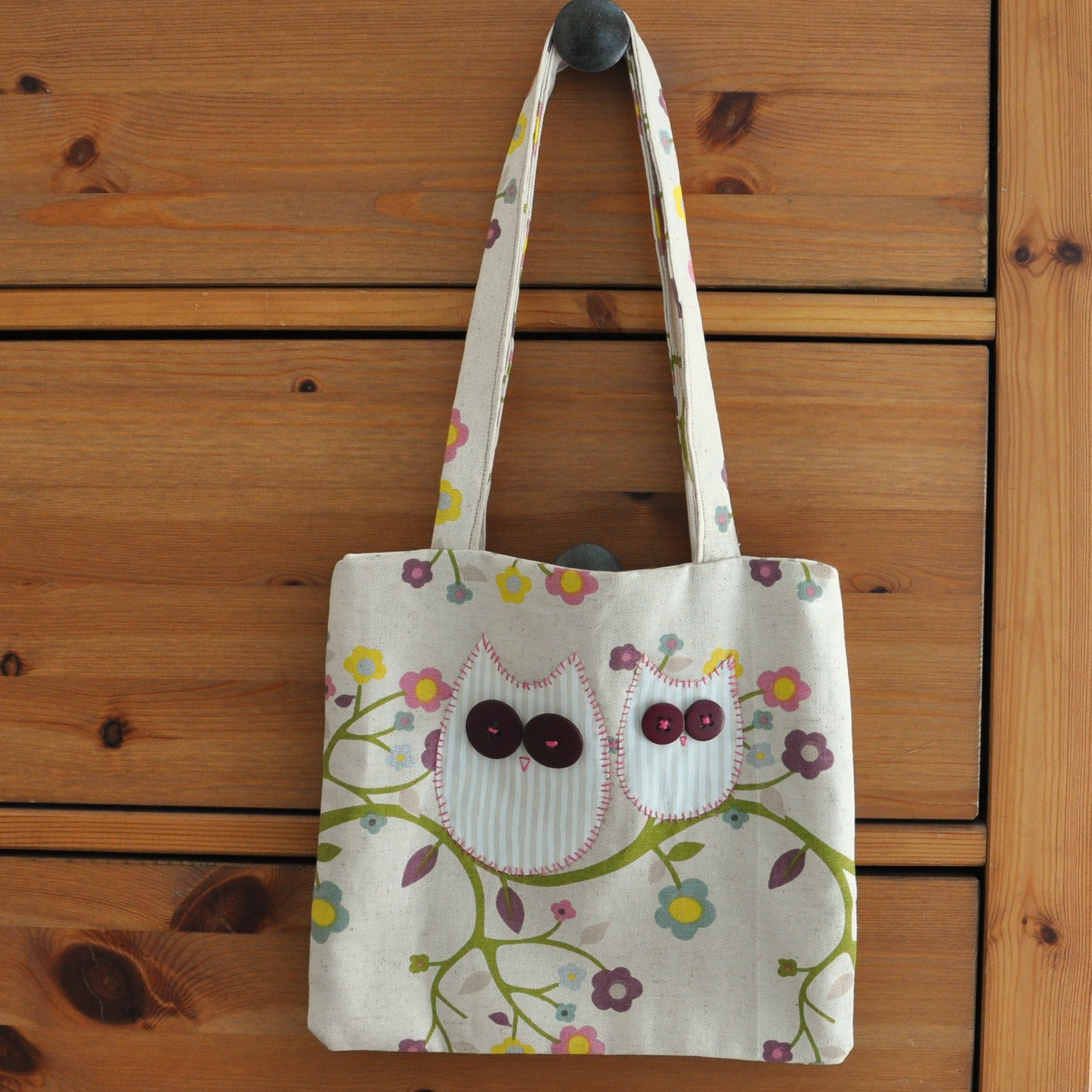 Medium Owl Handbag